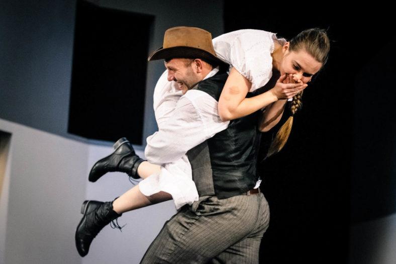 05.11.2014 Szczecin Teatr Współczesny spektakl pt. Szkoła Żon foto Bartłomiej Jan Sowa