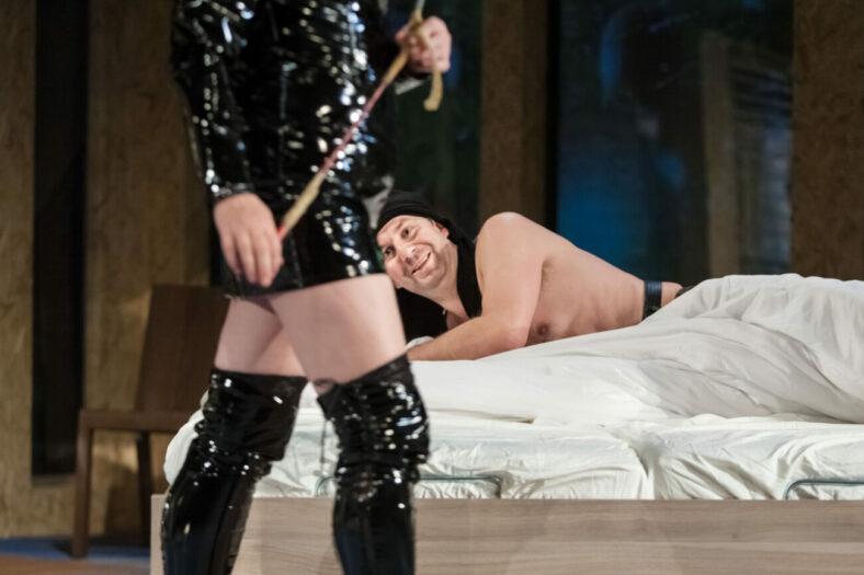 15.11.2012 Szczecin Teatr Wspolczesny spektakl pt. Seks dla opornych rez. Justyna Celeda foto Bartlomiej Sowa