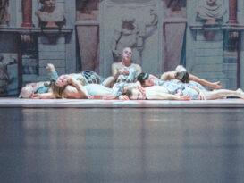 kadr ze jednej ze scen ze spektaklu KASPAR HAUSER, fot. P Nykowski