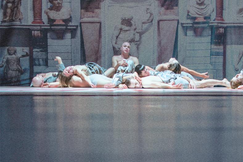 Zdjęcie ze spektaklu KASPAR HAUSER, fot. P. Nykowski